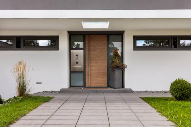 Porte d'entrée moderne maison contemporaine